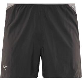 Arc'teryx Soleus Pantaloni corti Uomo nero